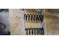 For sale two rear springs for Ford focus st 2010 genuine Ford in very good condition