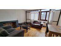 Luxury & Spacious 3 Double bedroom Maisonnette Near River Thames Isle Dogs E14