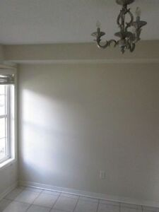 TOWNHOUSE FOR RENT, YONGE/Hwy7, RICHMOND HILL, 3 BEDROOM 4 BTHRM