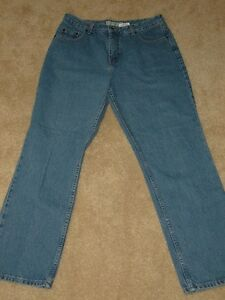 DENVER HAYES - Ladies Jeans - SIZE 33 / 30