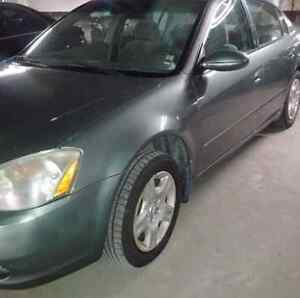 2003 Nissan Altima 2.5 Sedan only for $1650