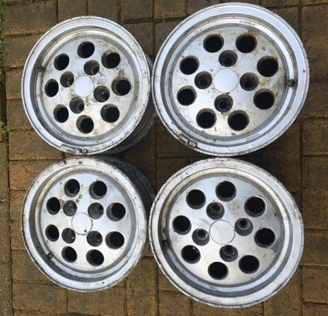 Ford Fiesta XR2 alloy wheels