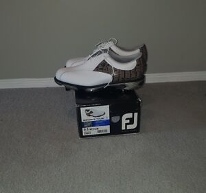 Brand New Footjoy Tour Golf Shoes ($249) AND $50 Golf Town GC