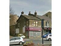 large shop and flat to let great frontage with or with out flat above