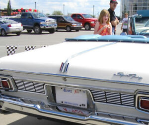Wanted  1964 Plymouth Sport Fury Emblems