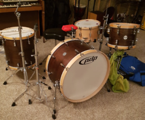 """PDP Concept Maple Classic 3-piece Shell Pack with 26"""" Bass"""