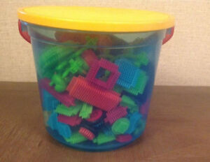 Great Toy - Battat Bristle Blocks Building toy ONLY $7