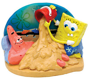 SpongeBob-Patrick-Playing-in-the-Sand-Sm-Resin-Penn-Plax-Ornament-for-Fish