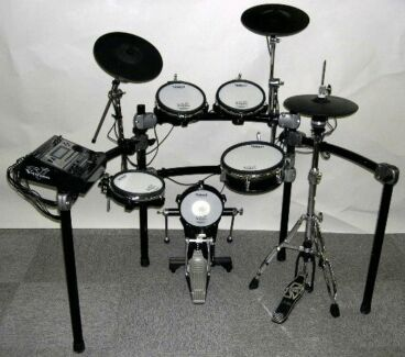 Roland TD12 Electric Drum Kit. Glenella Mackay City Preview