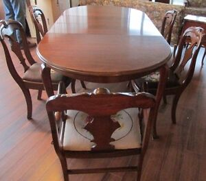 Gibbard Dining Table with 2 Leaves, 5 Regular & 1 Arm Chair