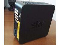 Sky Hub 2 in Black (SR102)
