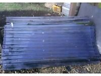 Corrugated plastic sheeting