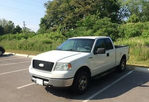 2006 Ford F-150 XLT Pickup Truck For Sale