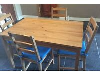 IKEA Table and 4 Chairs with removable seat pads - Excellent condition