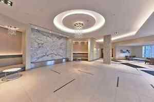 Beautiful Penthouse for Lease at 75 North Park Rd!