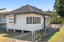 Removal house for sale - Holland Park Brisbane Region Preview