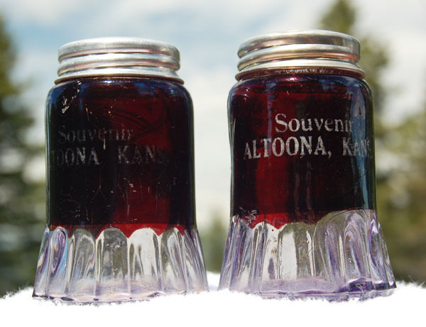 Exquisite ANTIQUE pair of ALTOONA KANSAS Salt & Pepper shakers BEAUTIFUL color