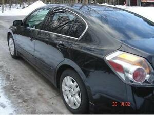 "$10,500 · ""2010 Nissan Altima 3.5 V6 Sport Sedan"" ONLY 140,000 K"