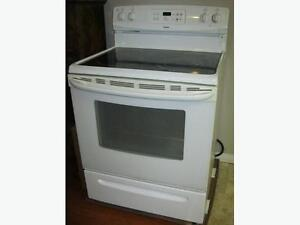 Kenmore Stove with Ceramic Cook Top