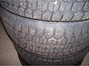 4 UNIROYAL TIGER PAW ICE SNOW 195 65 15 WINTER TIRE HIVER 80.00