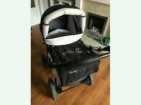 Baby merc-junior black pram