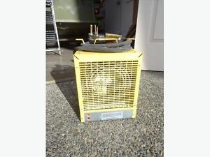 Dimplex 240v, 4800w Portable Heater (3 Available) - USED ONCE!
