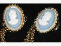 Vintage Cameo Sweater Clip