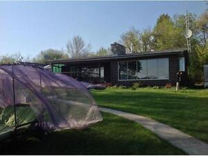 Pasqua Lakefront house - weekly rental