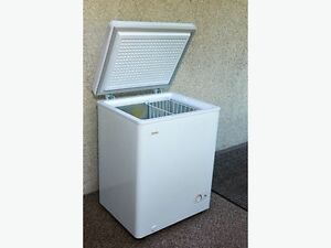 Danby apartment sized freezer in excellent cond