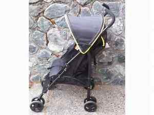 Jibe light weight umbrella stroller never used Kitchener / Waterloo Kitchener Area image 1