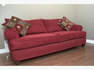 Red couch : Sold now