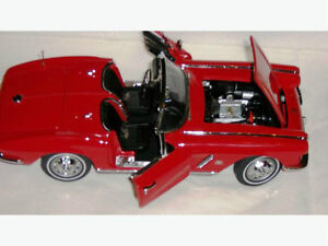 Danbury Mint 1962 Chevy Corvette Roadster Red 1:24 Scale Diecast