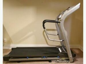 Horizon Folding treadmill CT83