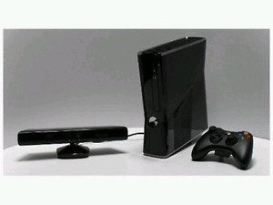 Loaded Xbox360 slim kin3ct bundle (mint)