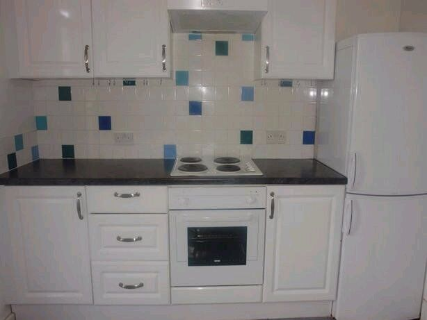 LARGE 2 BED APARTMENT STONE THROW FROM WILLESDEN GREEN STATION FOR VIEWING CALL RICKY 07527535512