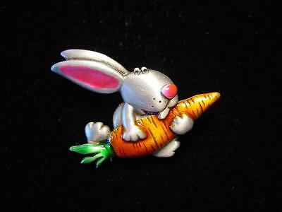 Jj  Jonette Jewelry Silver Pewter Rabbit With Huge Carrot Tac Pin