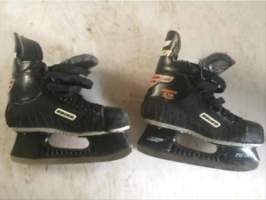 Bauer Skates youth size 3.5