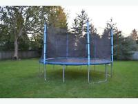 14ft Trampoline with Safety Enclosure