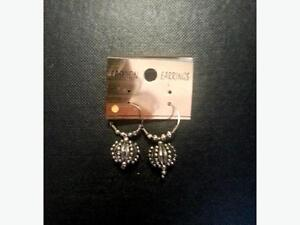 SALE: Earrings Regina Regina Area image 5