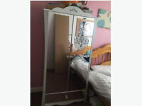 Princess Wardrobe Mirrored