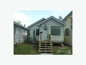 Ideally located renovated Cathedral area home