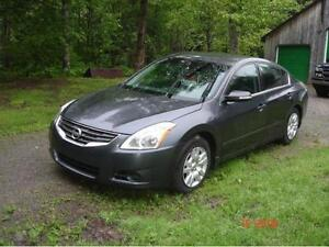""" REDUCED $2000 "" 2010 Nissan Altima SV V6 Sport Sedan"