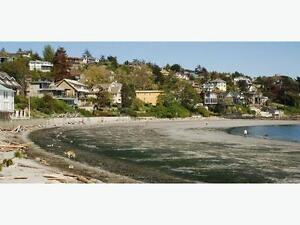 BRIGHT TWO BEDROOM CHARACTER SUITE - GONZALES BAY