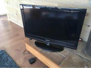 "Samsung 32""LCD HD TV 720P(LN32C350D1DXZC) for sale"