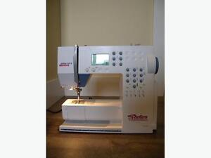 Bernina 125s Sewing Machine (foot pedal not included)