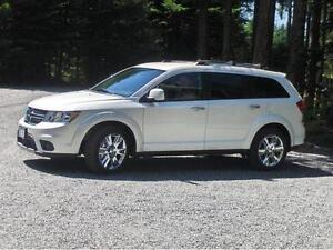 2012 Dodge Journey R/T **LOW kms ** NO accidents! ** $$ REDUCED!