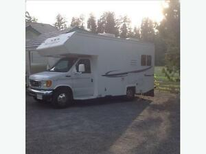 Wanted large Fifth wheel or travel trailer 33 ft and up