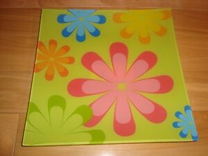 """Decorative Flower Serving Plate 10"""" x 11""""  -Brand New never Used Kitchener / Waterloo Kitchener Area image 1"""