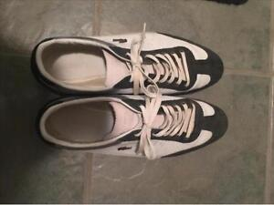 MENS LACOSTE LOW RISE SNEAKERS SIZE 11.5 ** IN GREAT SHAPE