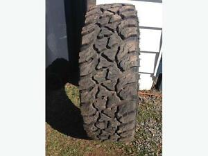 245/70/R17 Kelly Safari tires